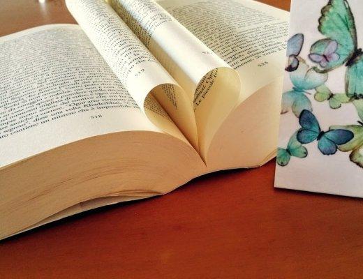 #DimmiCosaLeggi: i 10 libri che porterei nel rifugio del cuore
