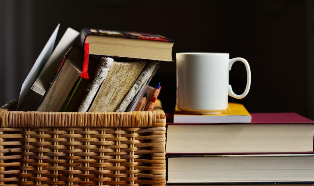 Classici e letture a scuola: obbligatorie o consigliate?
