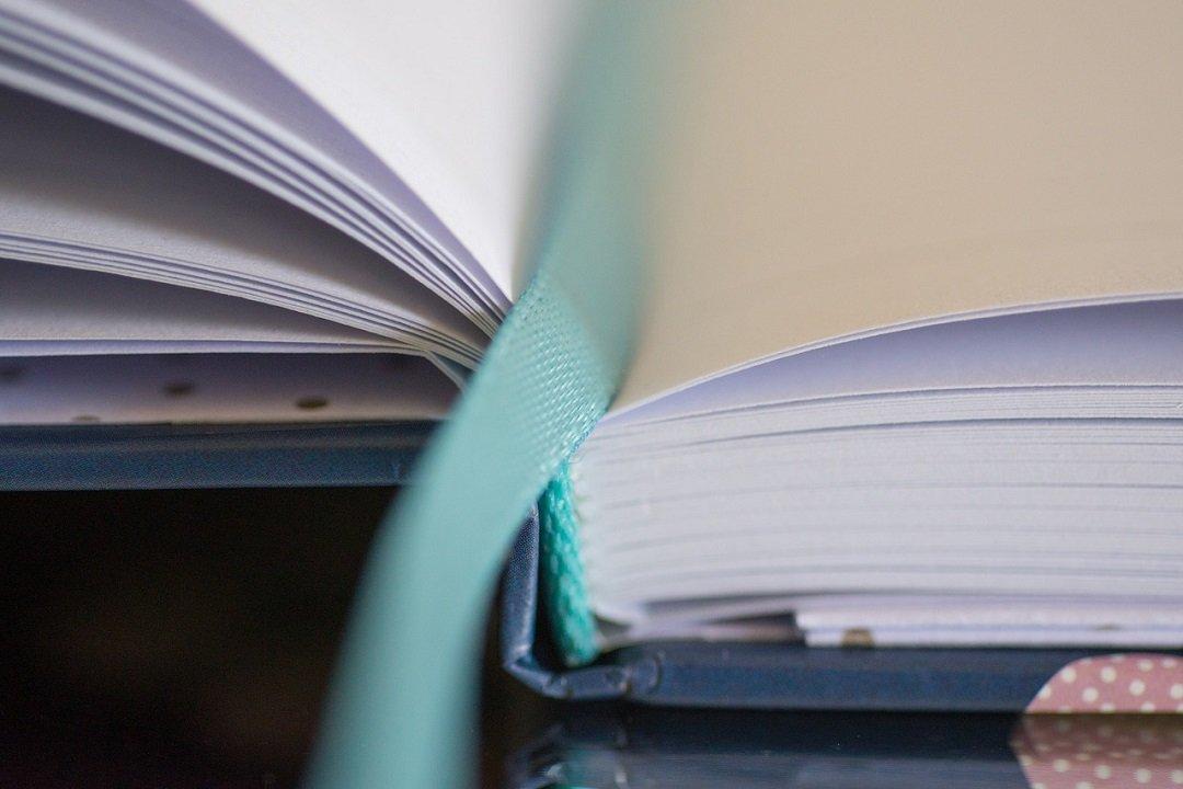 Lettura e riflessioni sulla leggerezza dello scrivere e l'esperienza della lettura