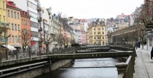 Karlovy Vary river street