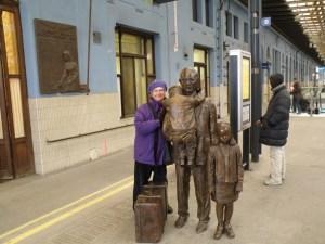 Karin at Winton statue