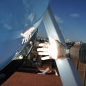 Rawlemon: Generador Esférico mejora la eficiencia de los paneles solares en un 35% Cortesía de André Broessel / Rawlemon