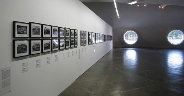 Painel sobre as feiras de indústria e artes. Foto Rafael Itsuo Takahashi