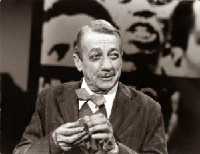 O sambista Adoniran Barbosa, filho de imigrantes italianos, fez dos paulistanos humildes, seus dramas, comicidade e linguagem, os protagonistas das suas canções.