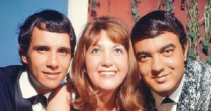 Roberto Carlos, Wanderléa e Erasmo Carlos - numa fotografia da década de 1960 - foram entre os primeiros a dar uma forma brasileira ao rock'n'roll.