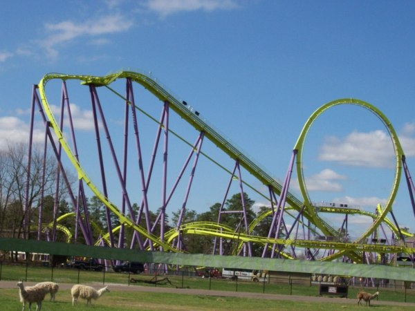 Six Flags Great Adventure montaña rusa Medusa
