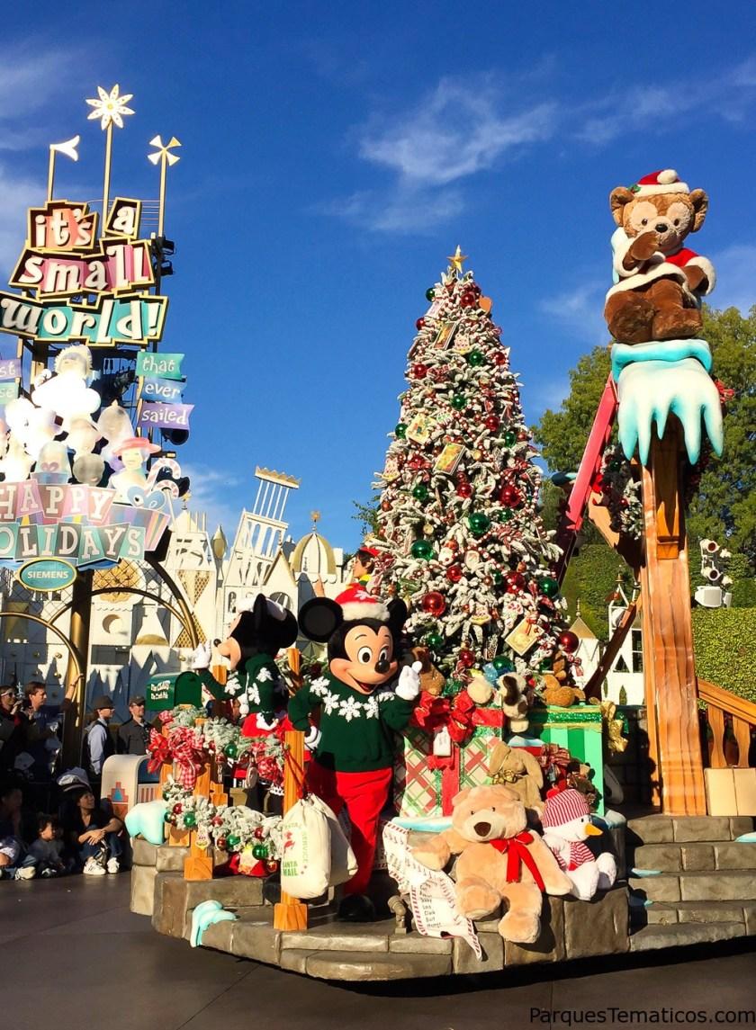 El Desfile de Navidad en Disneyland