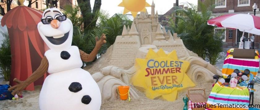 Olaf disfruta de su verano Frozen
