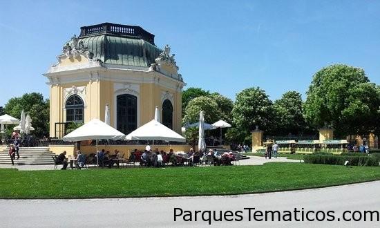 Tiergarten Schoenbrunn - Zoo Vienna   Viena, Austria