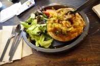 Uno de los platos en LEAKY CAULDRON