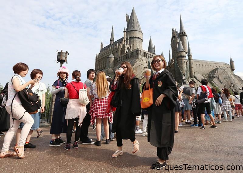 Harry Potter arrastra a multitudes a Universal Studios Japon