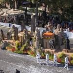 Las Aventuras Deslumbrantes del Disneyland Resort Llegan a Pasadena a Bordo de Una Carroza para el Desfile de las Rosas 2016