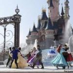 Mickey Presenta: ¡Feliz Aniversario Disneyland Paris! y El Radiante Vals de las Princesas