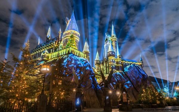 El Castillo de Harry Potter vive la magia navideña