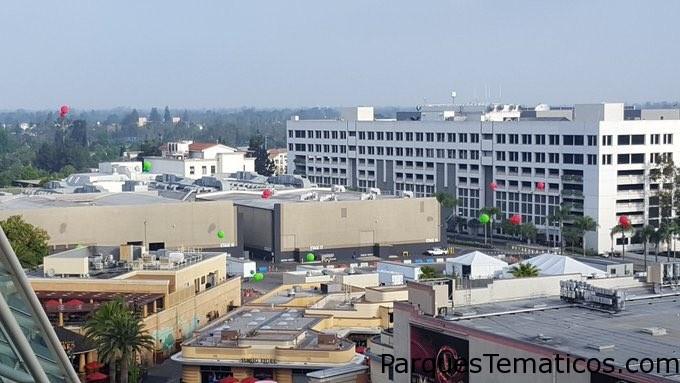 Universal Studios Hollywood parece estar realizando pruebas para Super Nintendo World con estos globos