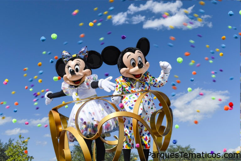 Disneyland Resort celebra una fiesta dedicada al dúo legendario que lo inicio todo: Get Your Ears On – A Mickey and Minnie Celebration