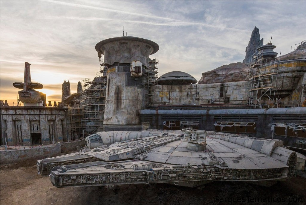 Disneyland Resort to Livestream Star Wars: Galaxy's Edge Dedication Ceremony