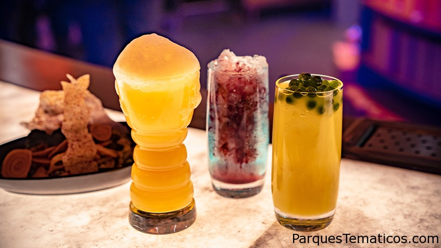 VIDEO: Pasa el rato en la cantina de Oga en Star Wars: Galaxy's Edge Disneyland