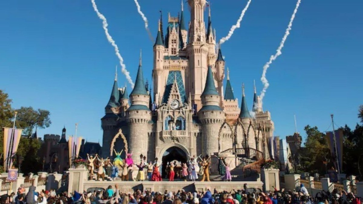 Espectáculo de bienvenida Let the Magic Begin en Walt Disney World