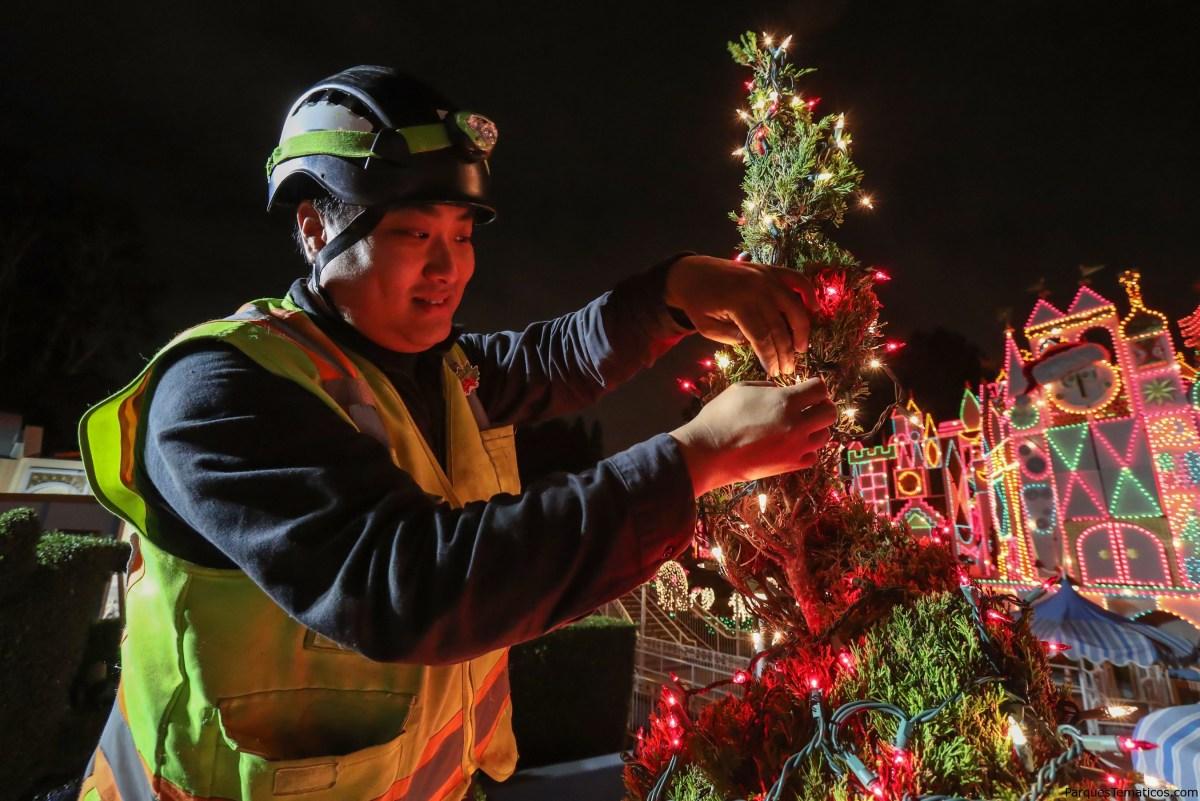 19 hechos divertidos sobre la decoración de Disneyland de navidad