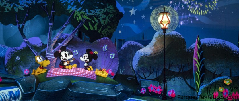 Walt, Trenes y Mickey y Minnie a través de los años
