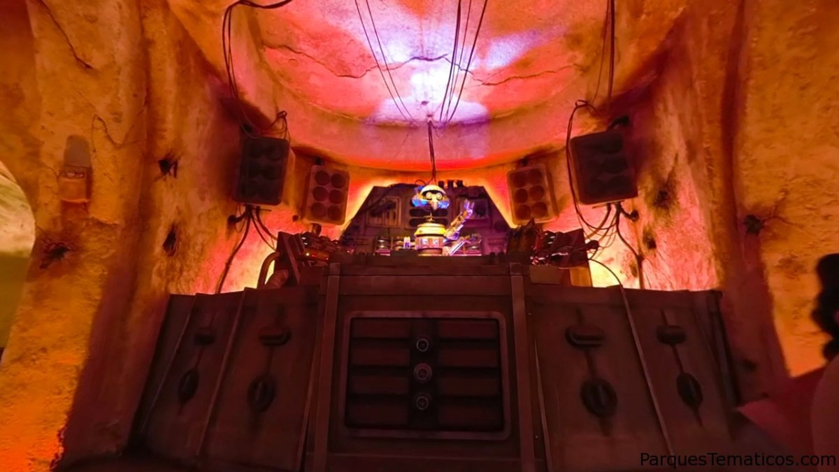 Entra en la cantina de Oga y en la guarida de antigüedades de Dok-Ondar en Star Wars Galaxy's Edge