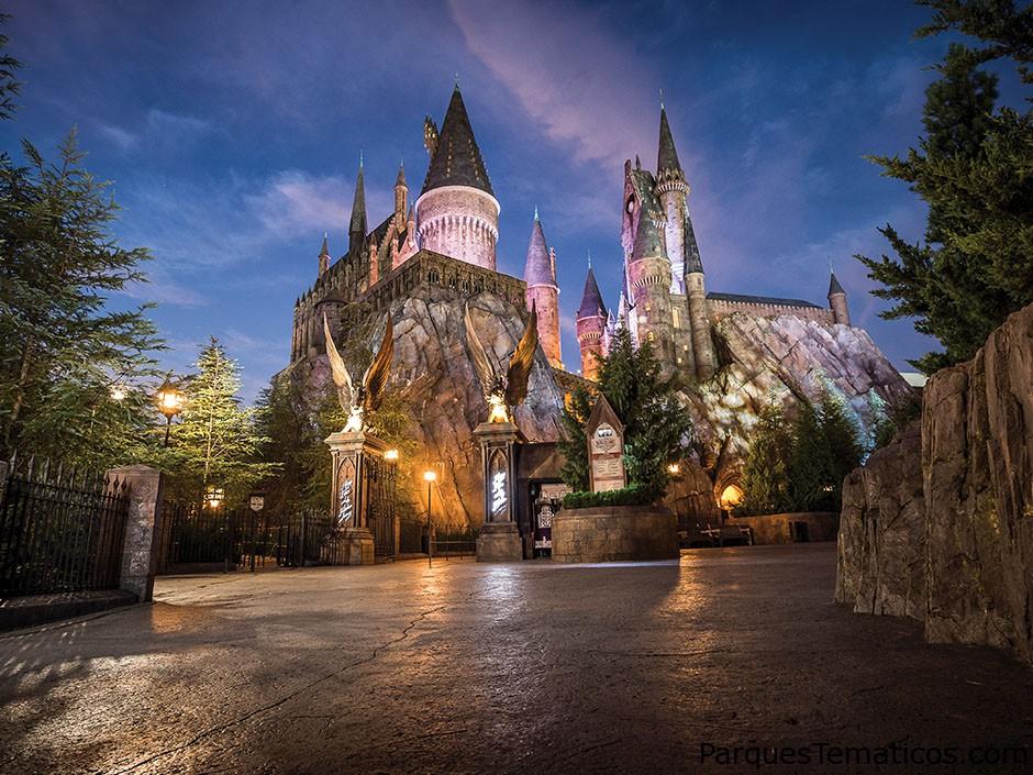 Guía con detalles del castillo de Hogwarts, ideal para los fans de Harry Potter