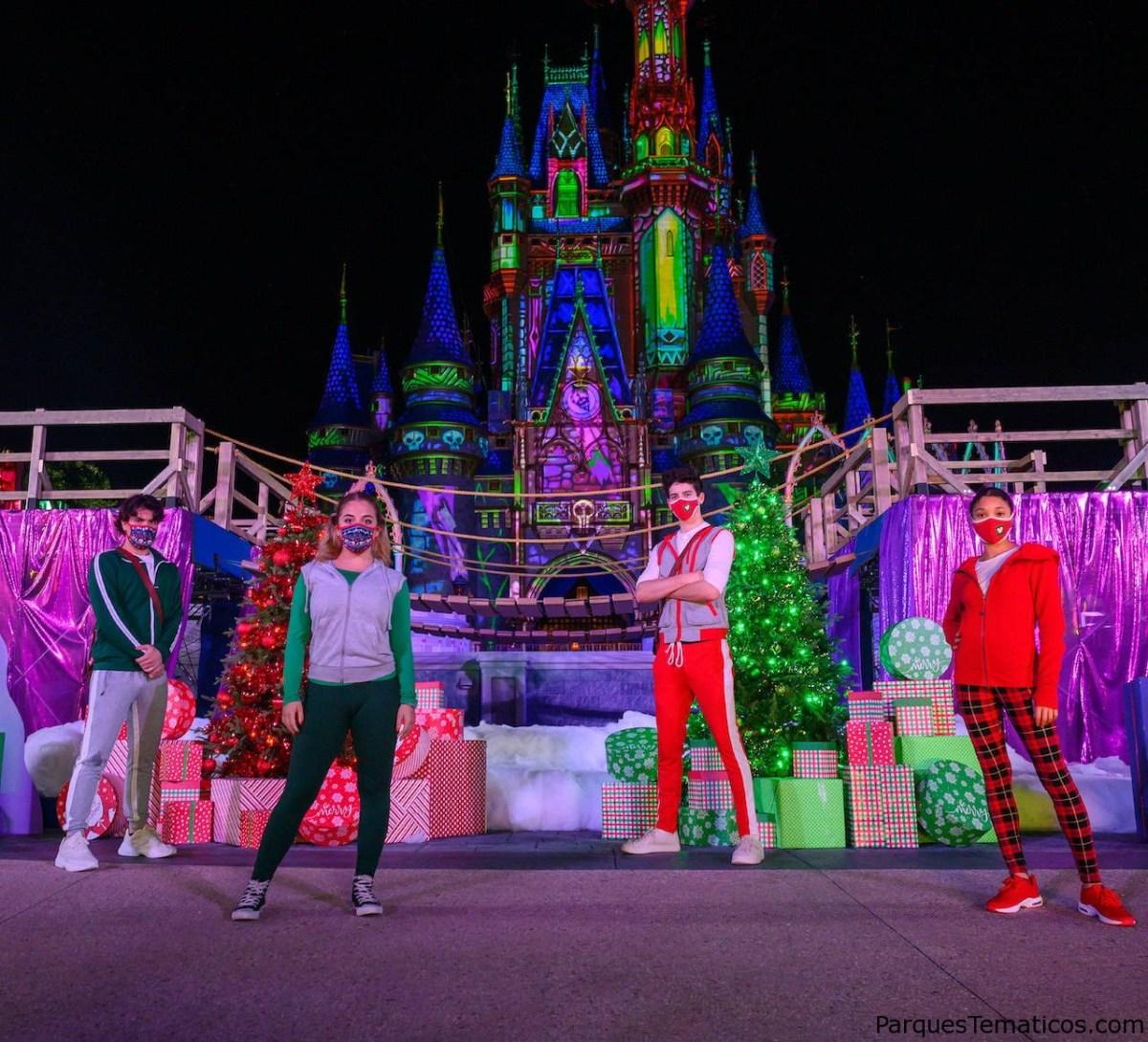 Walt Disney World ayuda a iluminar a los niños y regala The World Village en esta navidad