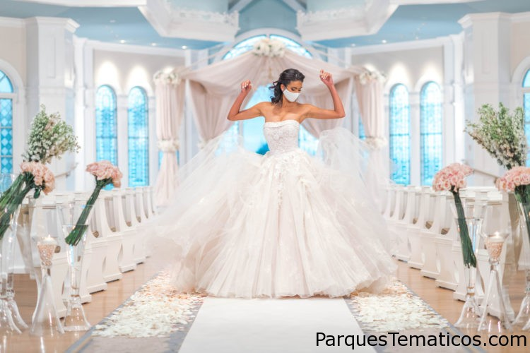 Disney's Fairy Tale Weddings & Honeymoons Celebra 30 años de Felices Por Siempre