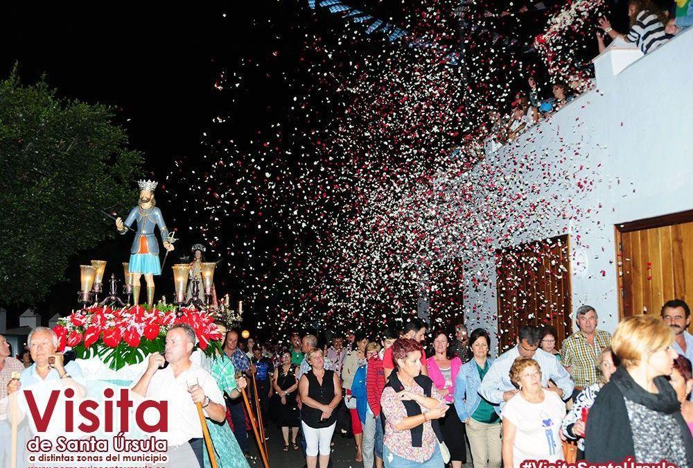 Emotiva llegada de Santa Úrsula al Barrio de San Luis