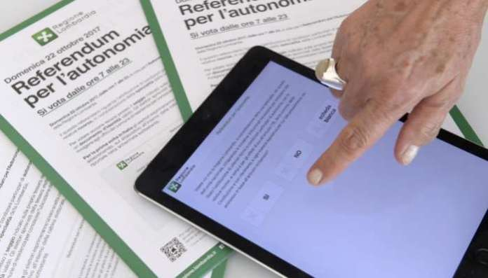 Smartphone voting stirs interest and security fears