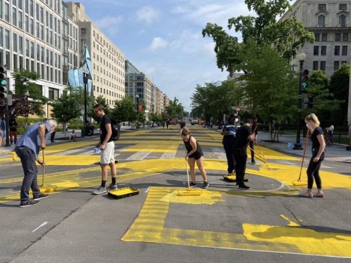 Washington Mayor renames street near White House Black Lives Matter Plaza