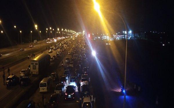 #EndSARS protesters keep vigil on Abuja airport road