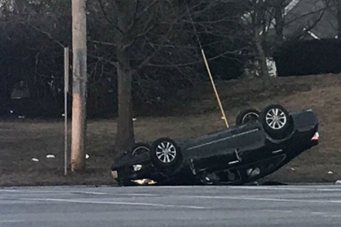 Overturned vehicle on Route 46 and Beverwcyk Road | Parsippany Focus