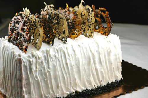 Matcha Black Sesame Red Bean Dobos Torte with White Chocolate Ginger Buttercream. A Japanese take on the classic Dobos Torte!