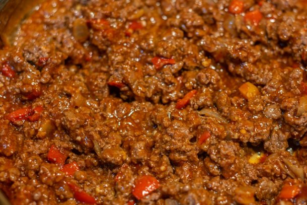 simmering sloppy joe mix