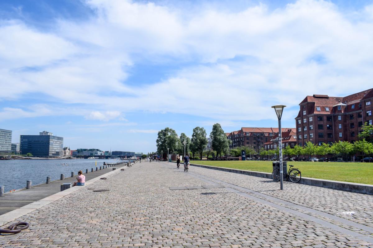 canalside walk free things to do Copenhagen