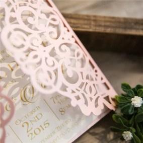 1.1_Partecipazione rosa e cartoncino bianco