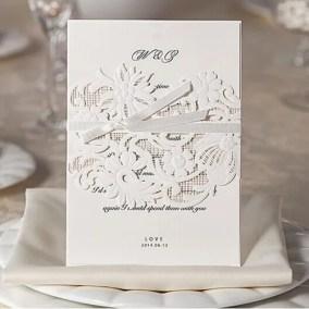 10_partecipazione bianca con nastro e cartoncino interno