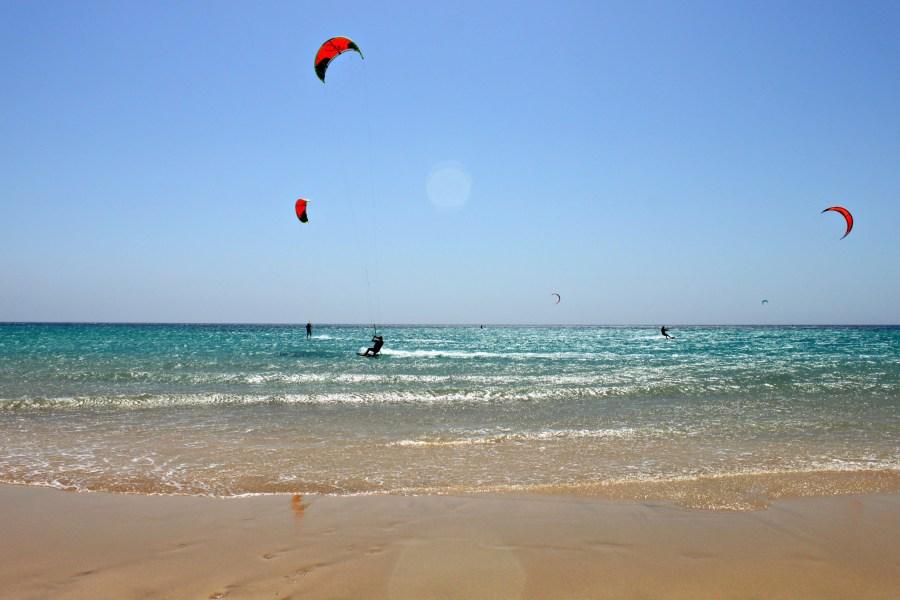 Kitesurf presso la Spiaggia de Jandía di Fuerteventura