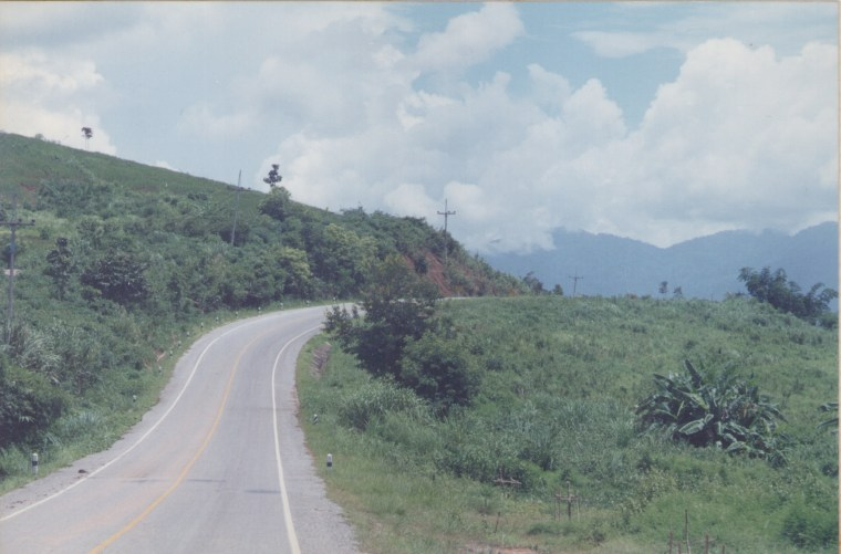 The road to Mai Sa is rather narrow. However, it is very well maintained.