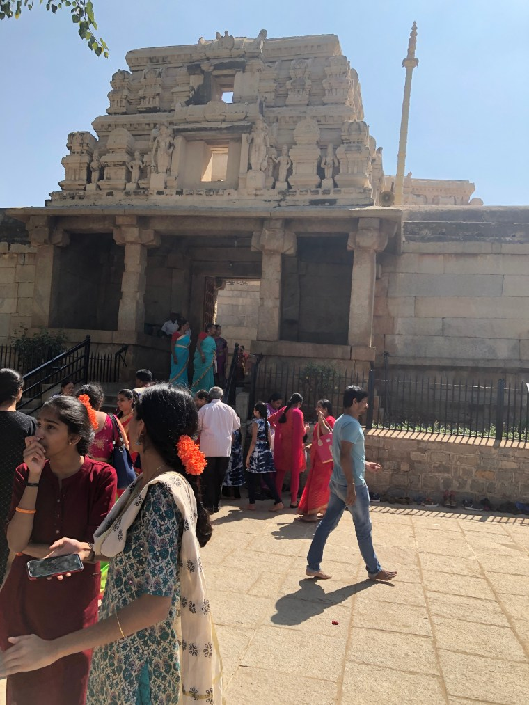 Entrance to the Lepakshi Temple