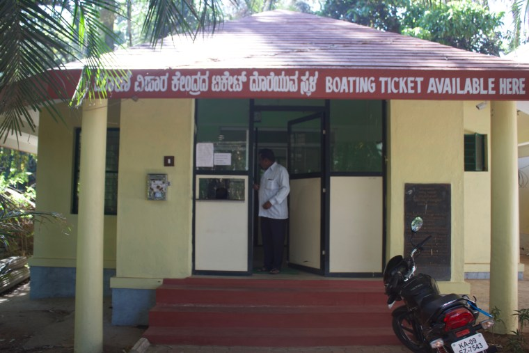 Ticket Counter for Boating Center