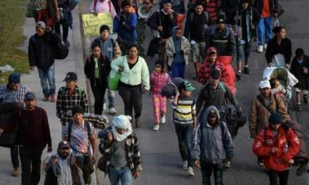 AMLO y Trump en acuerdo para que migrantes centroamericanos permanezcan en México momentáneamente: WP