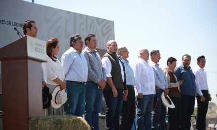 Entrega AMLO apoyos al campo en Jalisco; asegura Alfaro que no hay confrontación