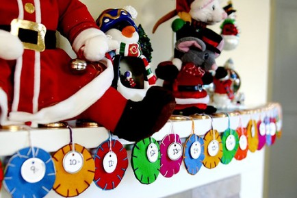 Are you looking for an Advent Calendar for Christmas 2018? We found some awesome ideas for kids as well as DIY homemade Advent Calendars. Find the perfect one for your family or for a gift here... #Christmas #holidays #advent #DIY #giftideas #parties365