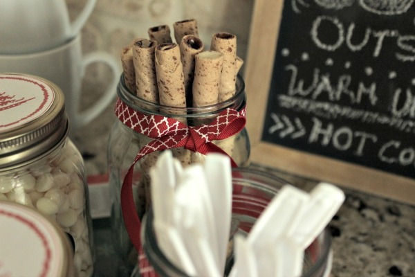 How to Set Up a Hot Cocoa Bar 05