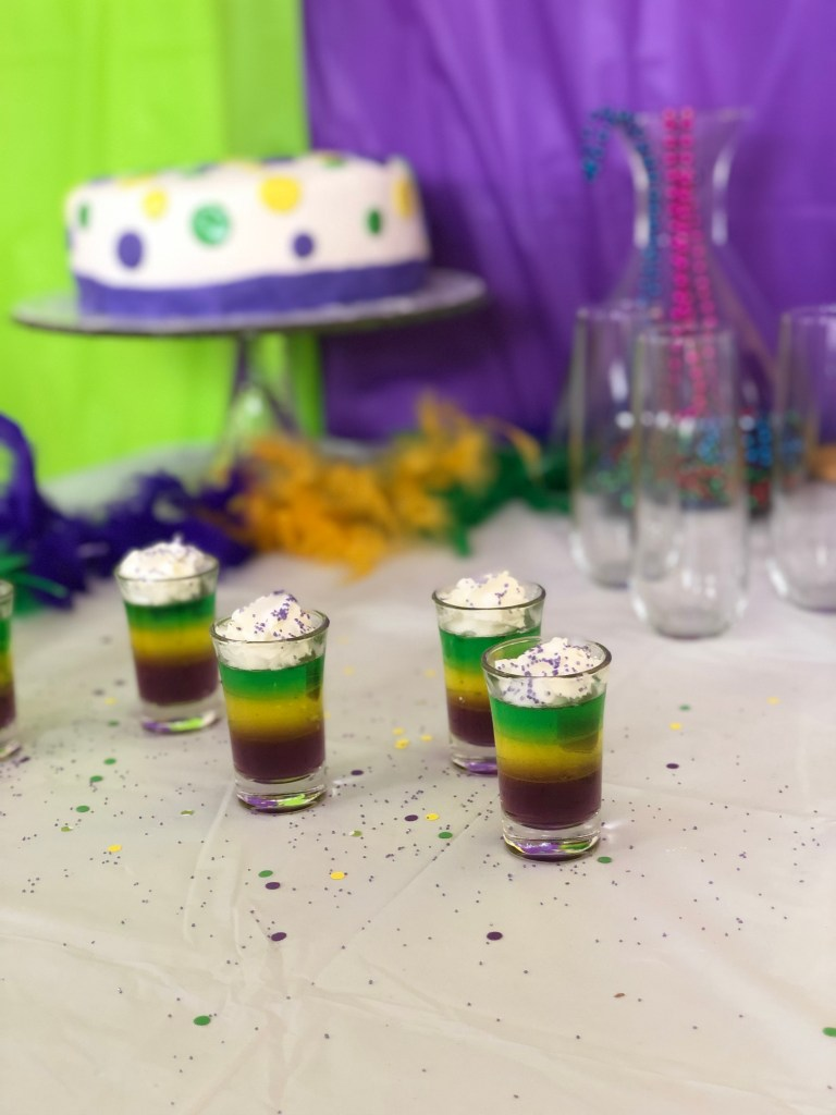 Mardi Gras Party Decorations and Food Ideas