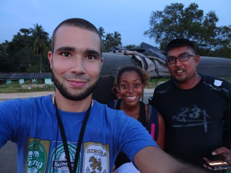 chauffeur de tuktuk sri lanka