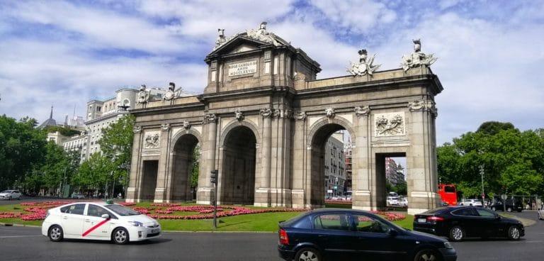 puerta-de-alcala-city-trip-madrid